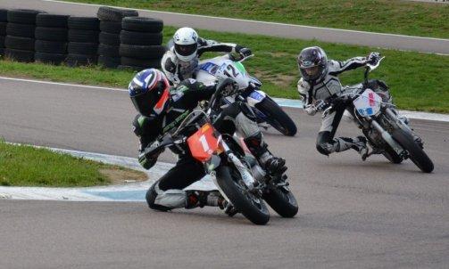stage moto vitesse enfants